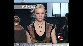 LOUIS VUITTON Fall 2005/2006 Paris - Fashion Channel