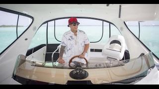 Daddy Yankee cantando sola de Anuel AA en un yate #freeanuel