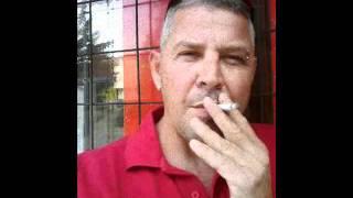 Gyújtok egy cigit.....