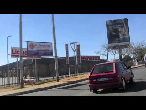 PAUL HODGE: SOWETO SOUTH AFRICA, SOLO AROUND WORLD IN 47 DAYS, Ch 87, Amazing World in Minutes