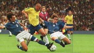 5 Times Cristiano Ronaldo Humiliated Lionel Messi ● When Ronaldo Makes Messi Disappear ● HD width=