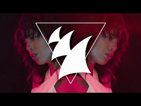 Pyramids In Paris x David Zowie feat Esty Leone - Main Attraction (Official Music Video)