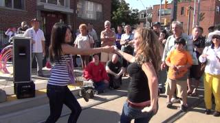 Tom Jones - Help Yourself - Dancing girls - Lyrics - Live cover - Darren Evorglens