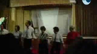 Actuação da Turma de Dança na Festa de Natal da Universidade Sénior Contemporânea (Vídeo 2)