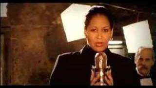 Rhythms del Mundo feat. Vania