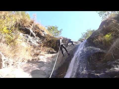 Nepal canyoning