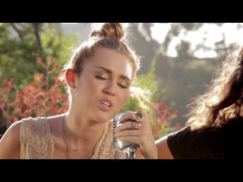 "Miley Cyrus - The Backyard Sessions - ""Look What They've Done To My Song"""