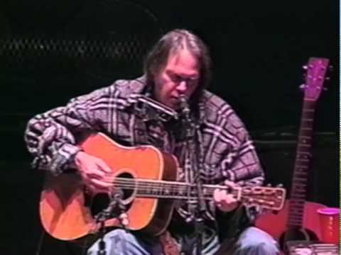 neil-young-without-rings-10-19-1997-shoreline-amphitheatre-official-neil-young-on-mv