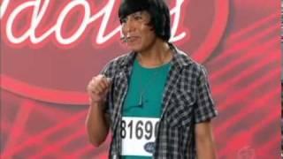Ídolos 2011 - Boliviano canta NX Zero ( Razões e Emoções ) - Rede Record