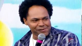 Milena faz Thalles Roberto Chorar no Programa Raul Gil