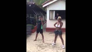 Single Ladies Dance off: Pool Boy vs. Cheerleader