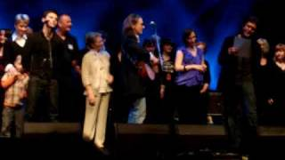 """Dougie MacLean """"This Love Will Carry"""""""