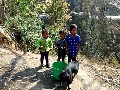 Nepál, v horách