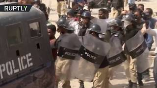 Pakistani protesters clash with police over child's rape & murder – 1 killed, at least 25 injured