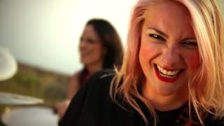 DOROTHY - Amikor a kettő-négy (Hivatalos videoklip - Official video)