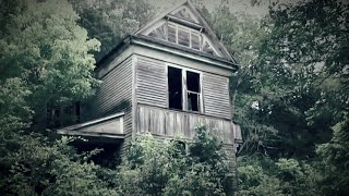 Abandoned Haunted House, Built in the 1800s. Feat. The Carpetbagger and Tennessee Matt