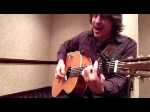 Jimmy Wayne singing Sara Smile Chords - Chordify