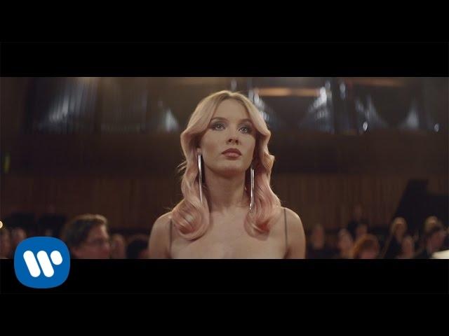 Videoclip oficial de 'Symphony', de Clean Bandit y Zara Larsson.