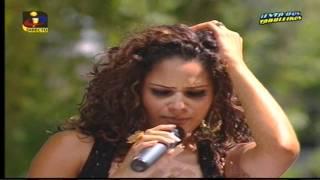 "Adriana Lua - ""Medley Lambada"""