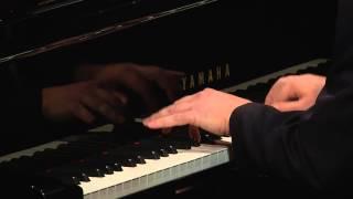 Fábio Caramuru e Marco Bernardo   Zanzando em Copacabana (Radamés Gnattali)   Instrumental Sesc