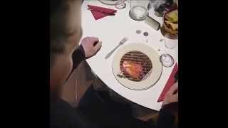 مطعم في فرنسا يقدم عرضاً ترفيهياً لزواره  |  France