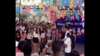 Dança do 8 ano , Sorriso Maroto : Assim vocÊ mata o papai !