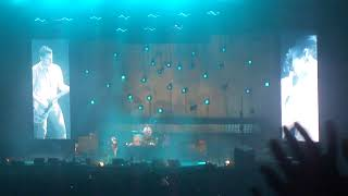 mardy bum (live) - arctic monkeys HD