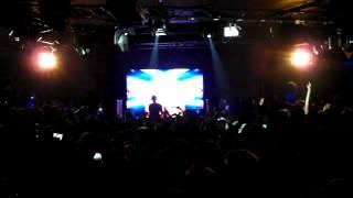 "Calvin Harris played ""Feel so close"" live at Sutton Club Barcelona 24.05.2012"