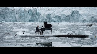 "Latrace - Love is - ""Ludovico Einaudi"" [Primavera]"