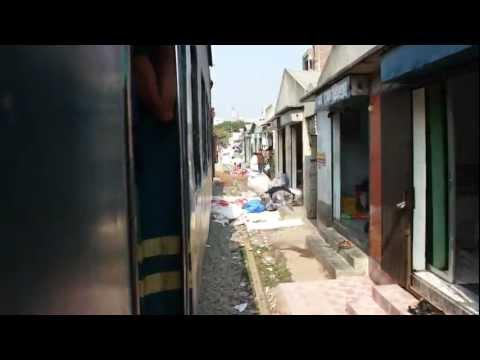 バングラデシュの電車(ダッカ) Train of Bangladesh