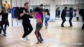 Anthony Santos ft. Romeo Santos - Bellas (La Historia De Mi Vida)
