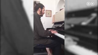 Salvador Sobral, de Portugal, interpreta una versión flamenca de 'Amar pelos dois' | Eurovisión