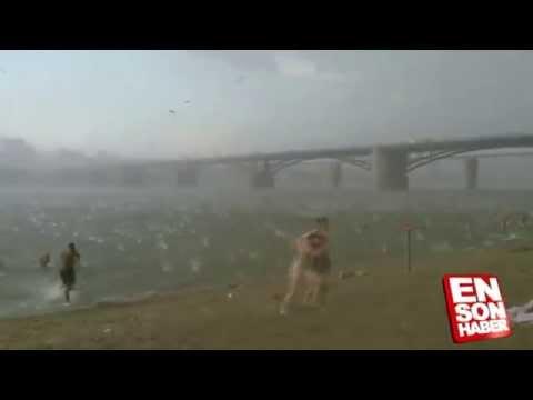 Pânico em praia russa: Clima muda de 41º para 22º graus em poucos minutos