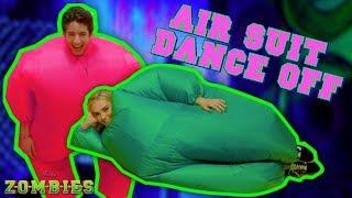 Air Suit Dance Off Challenge 💃🏽 | ZOMBIES | Disney Channel