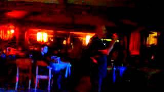 17102014professore karaoke dj perna virgilio cover renato zero canta fabriziopoint