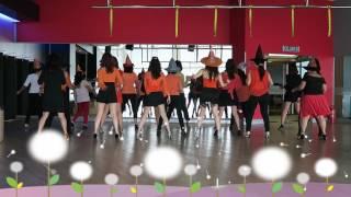 Transylvania Twist -  Line Dance  ( Oct  2016 )