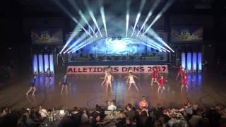 2017 Nr  43 Alors On Danse