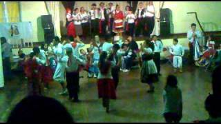 GRUPO TIPICO PORTUGUES(O IMIGRANTE)