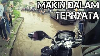 Akibat Mencoba Menerobos Banjir!