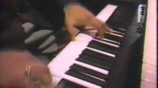 "Sting Live in Tokyo - ""....world is runnin down"". K Kirkland's piano solo"