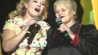 Л Сенчина с мамой    Цвіте терен