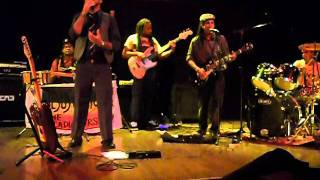 Trem de Zion - I'm Still In Love With You (Cultural Reggae Festival 2011)