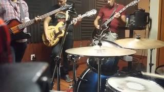 Kings of León - No Money (band cover)