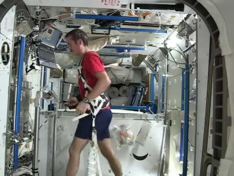如何在太空站上運動