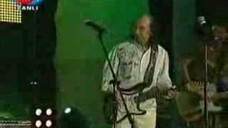 "Duman & Erkin Koray ""Fesuphanallah"" (Cannabist.net)"