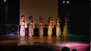 Danza Del Ventre Ironica Gruppo Sinuous Coreografia di Samantha Del Bianco Giugno 2013