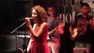 Sonia Savinell y músicos amigos - Swing da cor (Daniela Mercury)