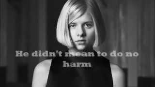 AURORA - Murder Song (5, 4, 3, 2, 1) Lyrics
