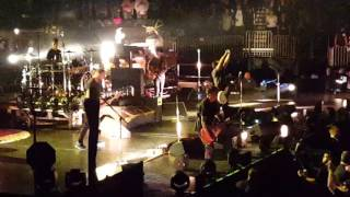 Rearview mirror  pearl jam msg