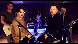 Conor Maynard vs The Vamps - Shape Off You (Sing Off/Mashup)(Lyrics/Lyrics Video)